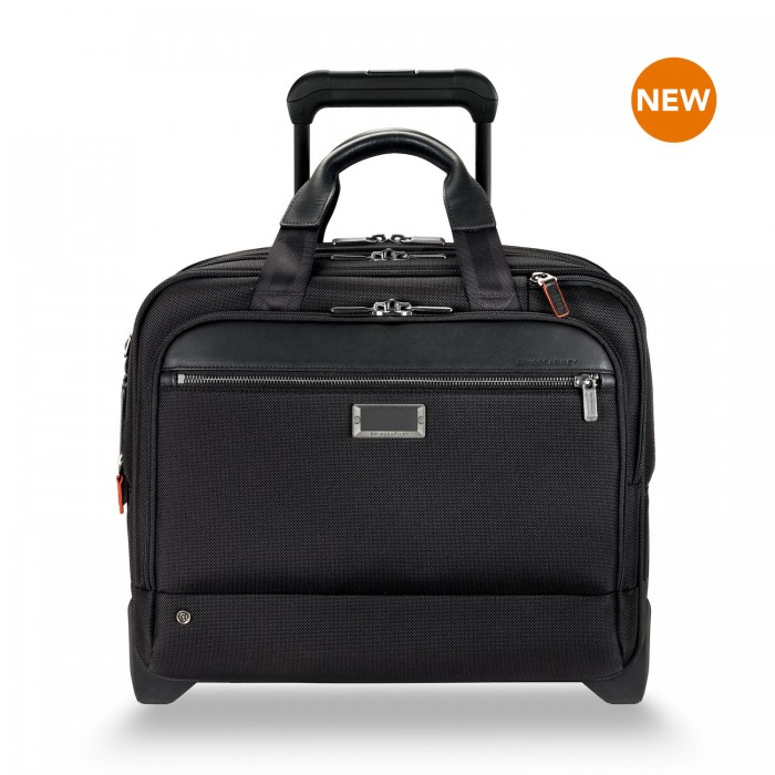 "@work Medium 2-Wheel Expandable Brief for 15.6"" laptops by Briggs & Riley (Color: Black)"