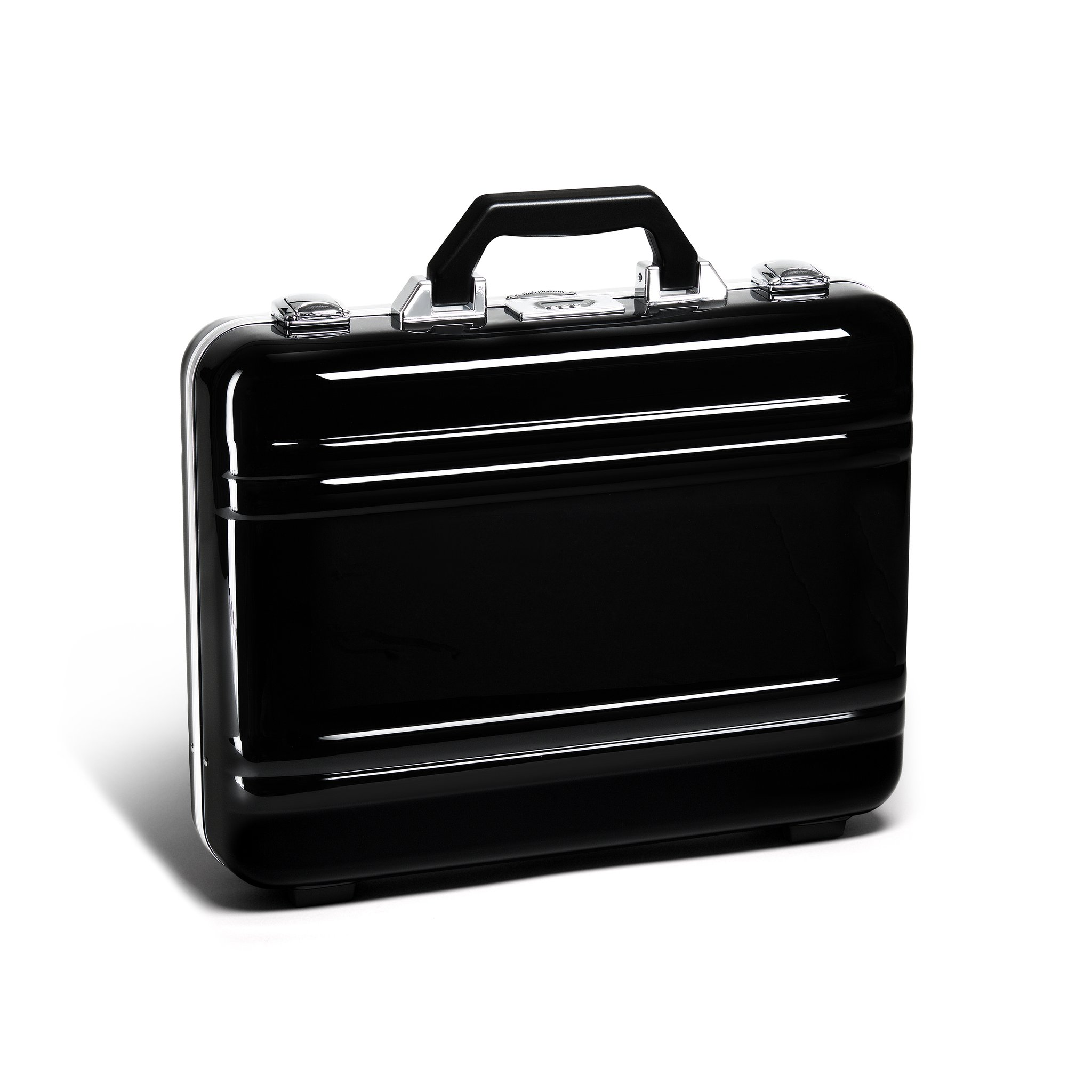 Classic Polycarbonate 2.0 Attaché - Large Classic Framed Polycarbonate Attaché by Zero Halliburton (Color: Black)