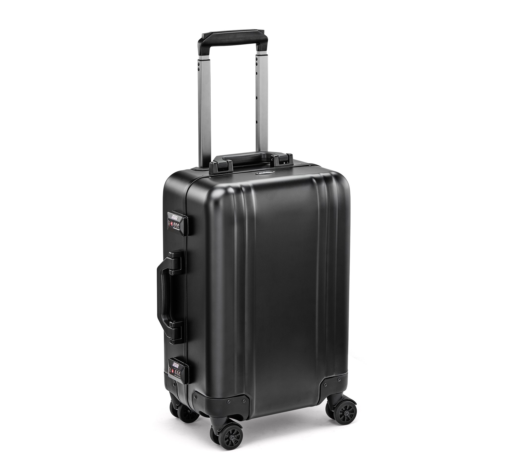 Classic Aluminum 2.0 - Carry-On Spinner Luggage by Zero Halliburton (Color: Black)