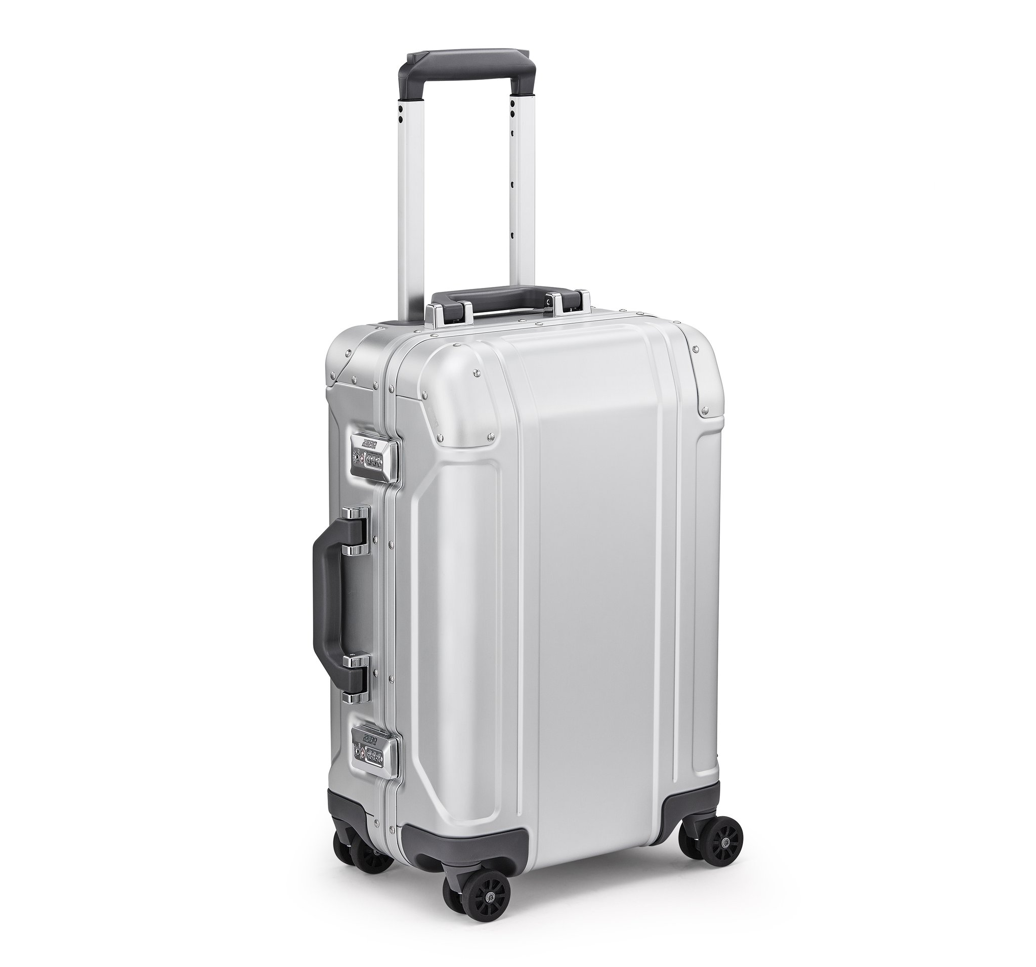 GEO Aluminum 3.0 - International Travel Case by Zero Halliburton (Color: Silver)