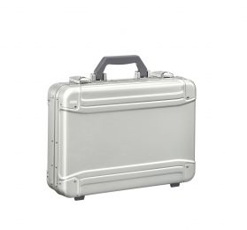 GEO Aluminum 3.0 Attaché - Small Attaché by Zero Halliburton (Color: Silver)